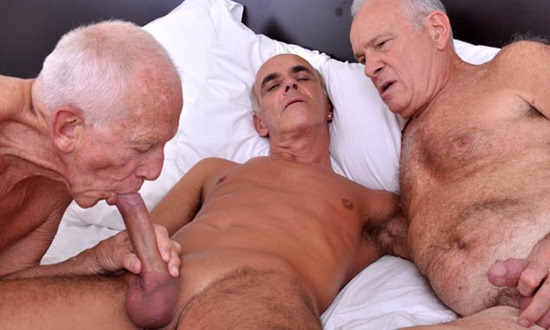 Old men sucking each other
